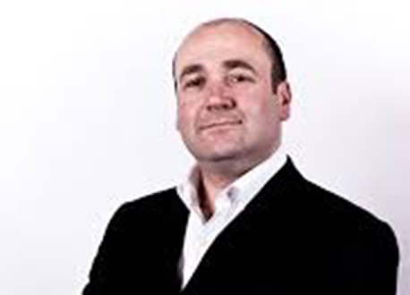 Paul Roberts Magician profile image